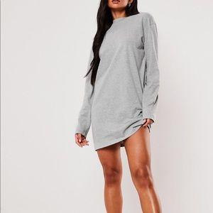MISSGUIDED OVERSIZED LONG SLEEVE T SHIRT DRESS